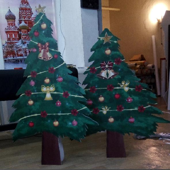 کریسمس استند تبلیغاتی دوبعدی خدماتی از وب سایت چاپ رازک https://chaprazak.ir